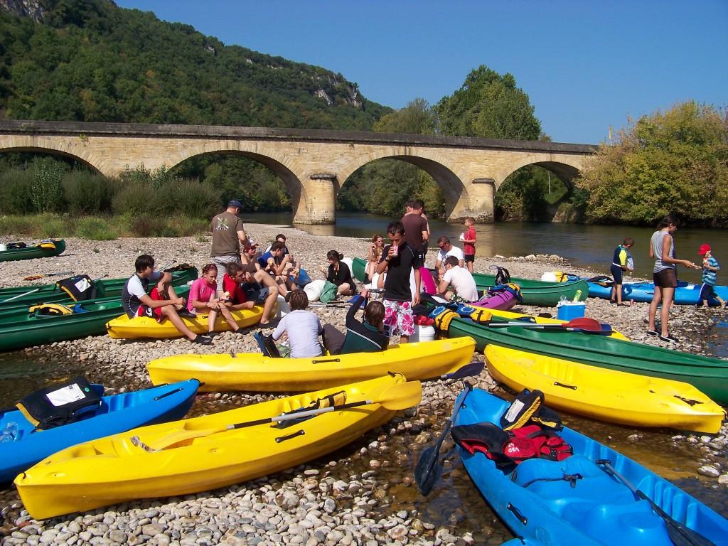 pique nique convivial sur la Dordogne...